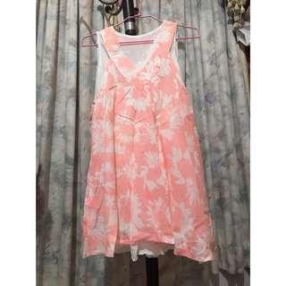 🚚 粉色度假風短洋裝