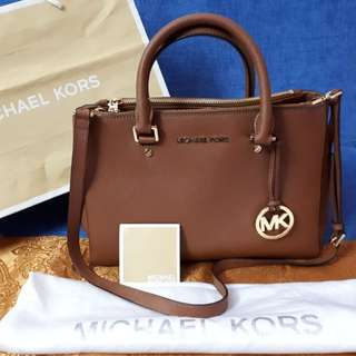 Michael Kors Sutton