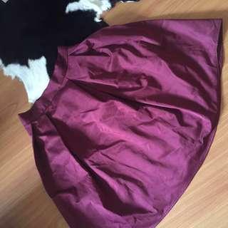 Satin skirt in wine