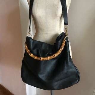 Gucci leather bag with bamboo handle. Black