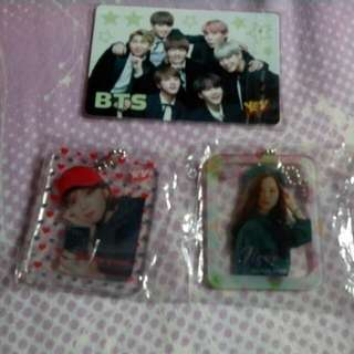 Bts Yescard$20@1 Twice  Blackpink 鎖匙扣 $12@1 $20@2