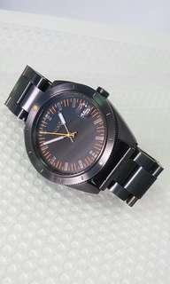 Nixon 黑鋼手錶