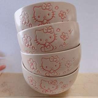 先到先得!全新陳列品 Hello Kitty 高級陶瓷碗一套四隻