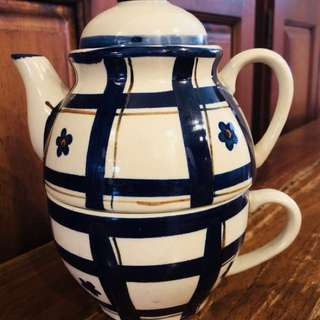 Unique Teapot + Cup
