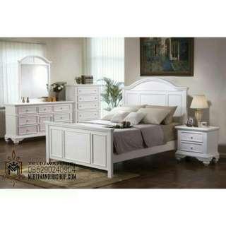 Set Ruang Tidur, Tempat Tidur, Nakas, Lemari Pakaian