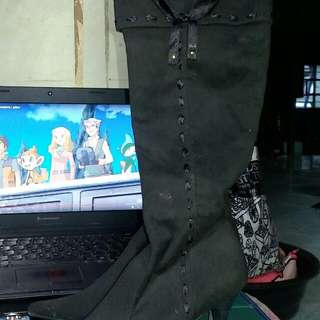 Pre-love Boots