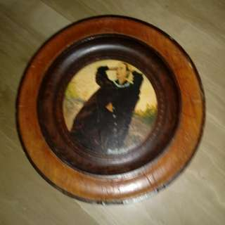 Oil on wooden plate