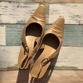 Loewe 尖頭鞋