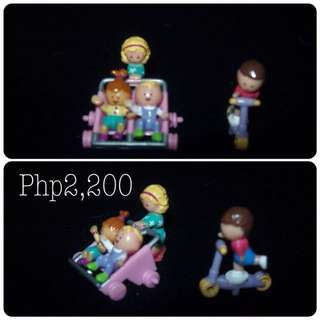 Polly pocket on hand (sale)