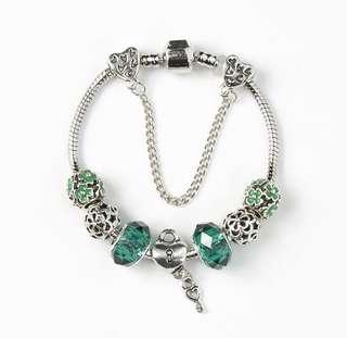 Bracelet Set with Charms (10)