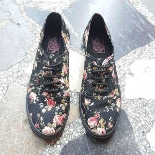 VANS Lo Pro Floral Shoes