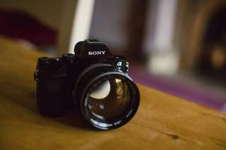 Sony A7 50mm F1.8 Anda Bisa Cicilan Syarat Mudah