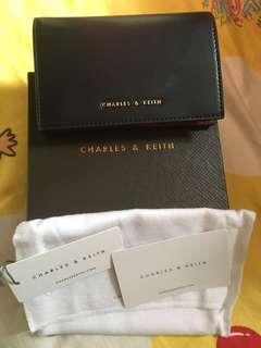 全新 Charles & Keith 短銀包
