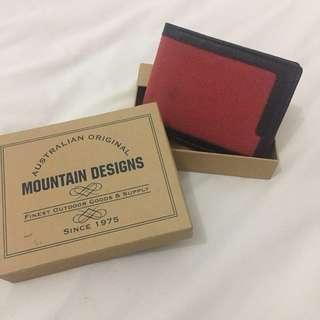 Mountain Design Bi-Fold Wallet