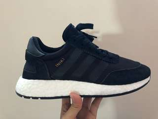 INIKI RUNNER SHOES - BLACK WMN US6