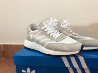 INIKI RUNNER SHOES - WHITE - WMN US6