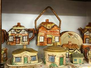English cottage teapot