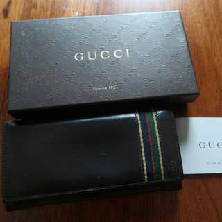 GUCCI brown leather wallet ( long ) 6 card slots
