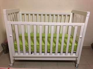 Micuna Baby Cot