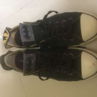 Converse Batman Gotham City