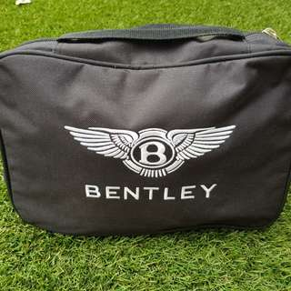 Bentley continental car trickle charger / battery conditioner