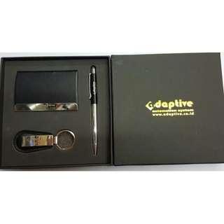 gift set isi pulpen Metal stylus, Gantungan Kunci dan Tempat kartu