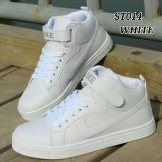 Sepatu nike white