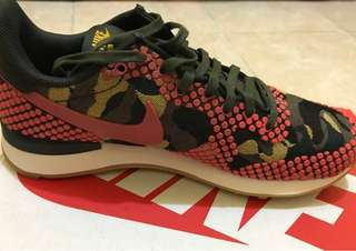 W Internationalist JCRD PRM Nike ukuran 37.5