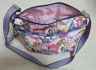 Lesportsac 鈄揹袋