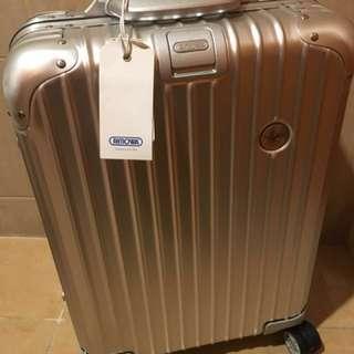 Rimowa - Lufthansa 版。Topas.銀色。-Cabin Size