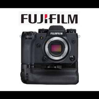 Fuji X-H1 Body Only with Vertical Power Booster Grip Kit