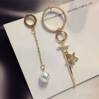 Korean Pearl Earrings - dangling Pearl stars mismatch earrings