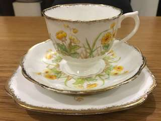 Vintage Royal Albert teacup trio set