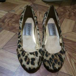 Cheetah Print Doll Shoes / Flats