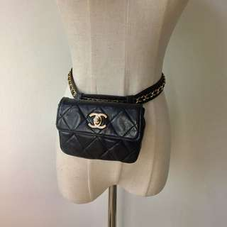 真品 Auth Chanel CC logo with chain belt mini bag 金鏈羊皮腰包
