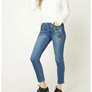 Emroidered Jeans