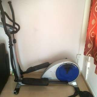 ALBI GYM ELIPTICAL CROSS TRAINER
