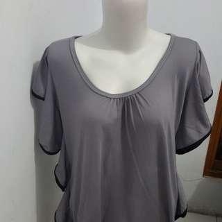 Sweet grey top