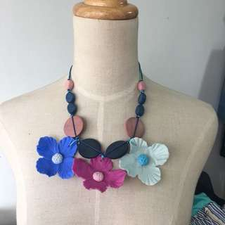 Brand new boho handcrafted wooden clay 3D blue purple flower necklace
