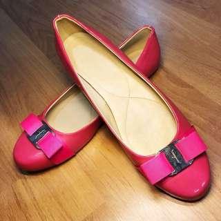 Salvatore Ferragamo Pink Varina Flats Shoes (size 38.5)
