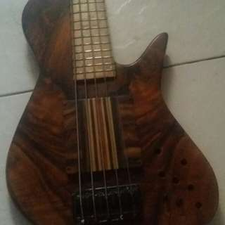 Custom Boutique Bass 5string Body