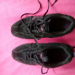 authentic Merrell shoes