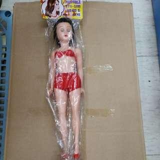 七十年代香港製造眨眼比堅尼女娃娃