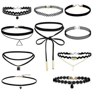 Black velvet chocker necklace