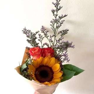 Flower bouquet/anniversary bouquet/birthday bouqet DESIREE