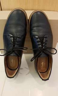 Clarks ladies flat leather shoes