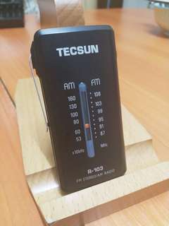 Tecsun R-103 Pocket Radio