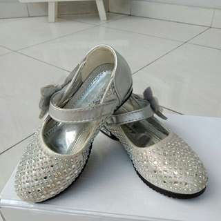 balita blink shoes