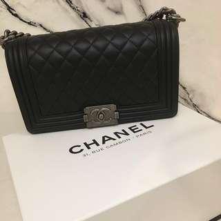 *NEW*Boy Chanel black x sliver chain