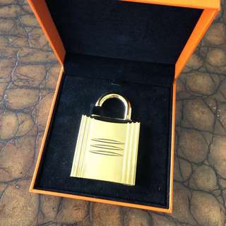 Hermes Pure perfume refillable lock spray